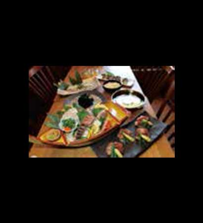 天然真ふぐの刺身が入った刺身5点盛り & 国産霜降り牛のステーキ付き<br /> 真鯛と三陸産ワカメのしゃぶしゃぶコース