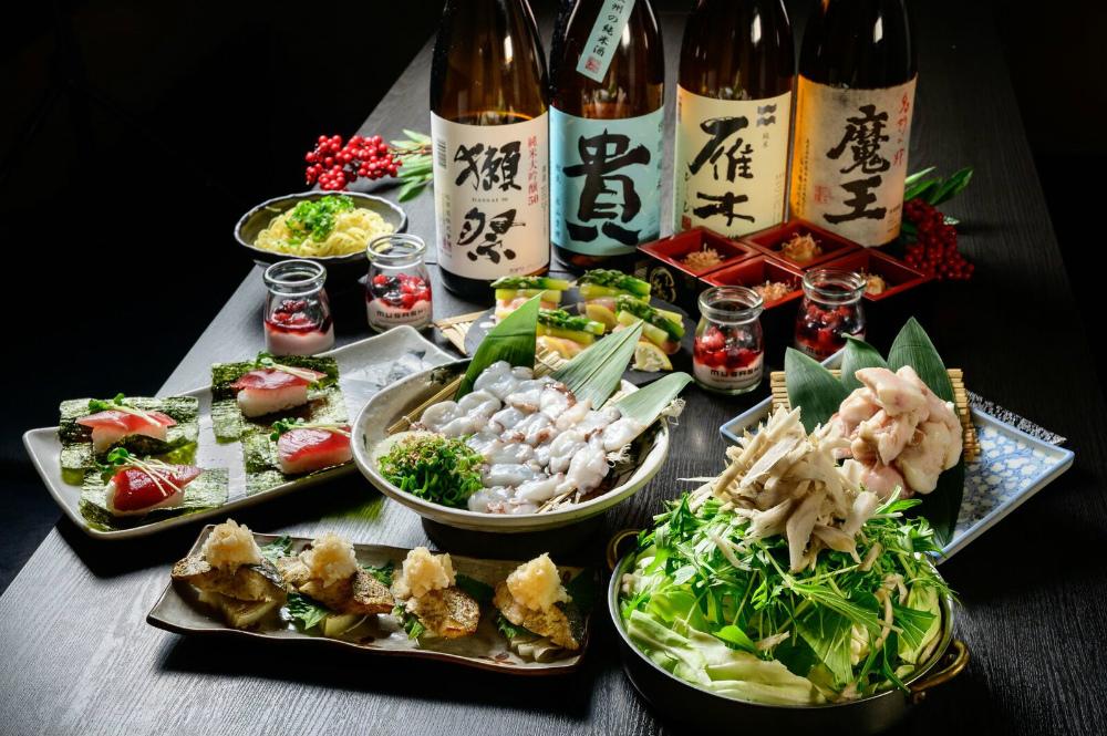 【2/25~】「名物!瀬戸内地だこの鉄板焼き」と「生カツオの包み寿司と「大トロホルモン塩もつ鍋」が付いたコース