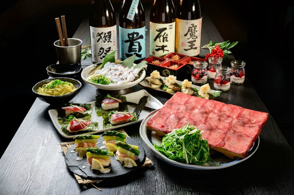 【2/25~】「名物!瀬戸内地だこの鉄板焼き」と「生カツオの包み寿司と「牛タンしゃぶしゃぶ」が付いたコース