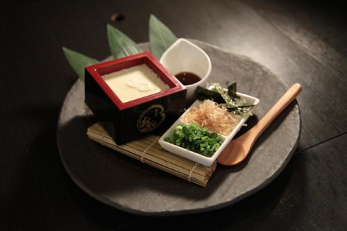 新感覚。新食感。もっちり豆腐