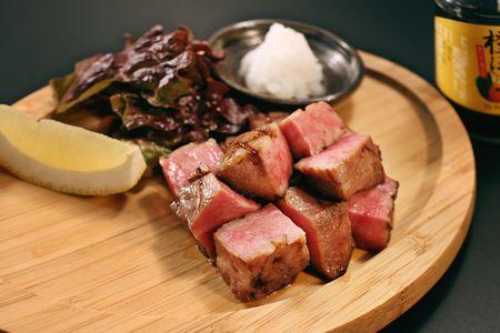 武蔵の全店で牛タンの厚切りステーキ始めました!